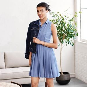 BR Pleated sleeveless button up dress